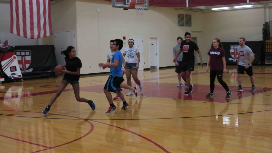 New Intramural Basketball League adds excitement to winter term