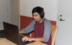 Jaden Cheeks '19 plays Fortnite.