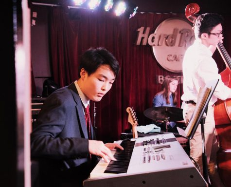 Josh Guo '20 performing with the Groton School Jazz Combo, Riverside, at the Hard Rock Cafe in Boston.